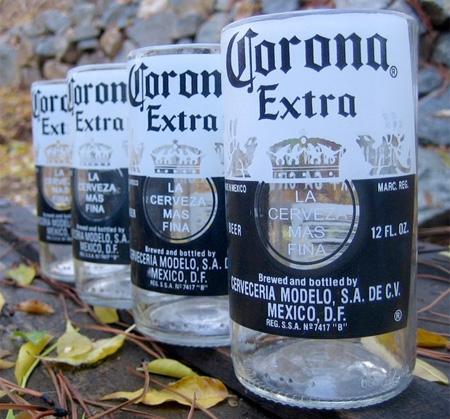 Как ненужные бутылки превращаются в оригинальные стаканы