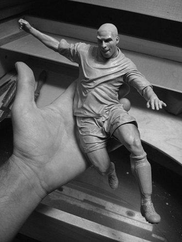 Скульптуры знаменитостей от Адама Бина