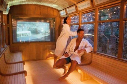 Первый в мире трамвай-сауна