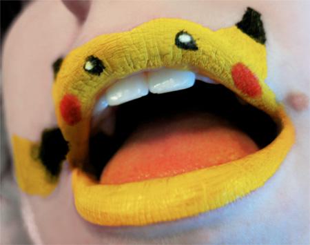 Забавные изображения животных на губах