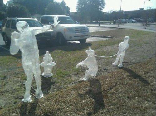 Скульптуры из скотча