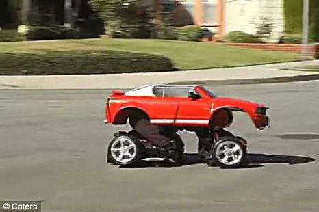Костюм трансформера из запчастей детских авто