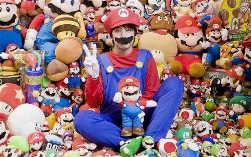 Самый преданный фанат видеоигры Mario в мире