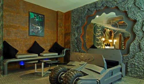 Гостиничный номер в стиле Бэтмена