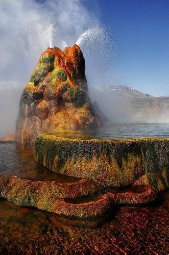 Флай гейзер - чудо штата Невада