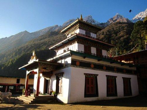 Буддистский монастырь Ribum Monastery