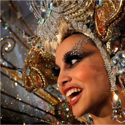 Празднование карнавала Тенерифе в Санта-Крус