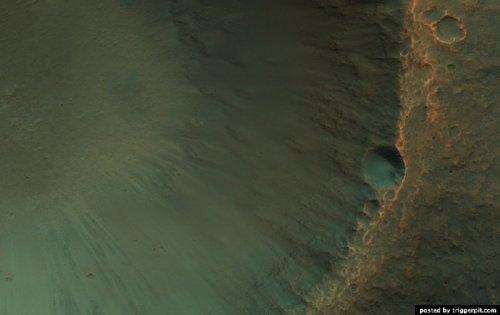Разноцветный Марс