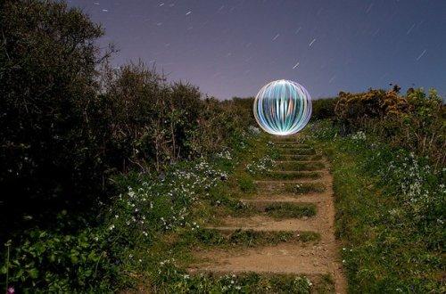 David Gilliver рисует светом