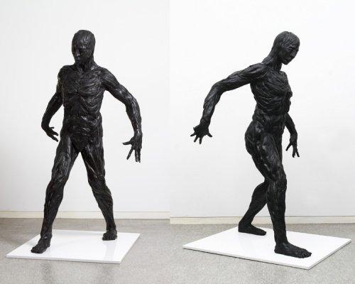Скульптуры из автомобильных  шин