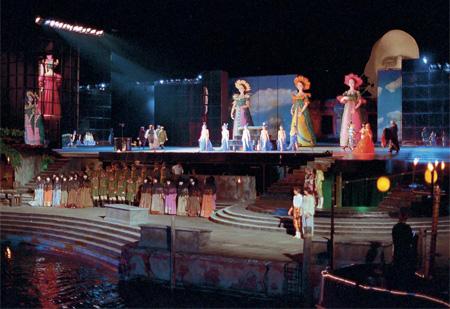 Оперный театр на воде
