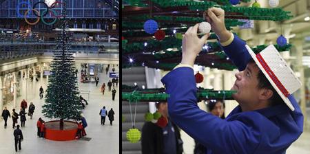 Новогодняя елка из кубиков LEGO