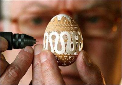 Необычная резьба по яичной скорлупе