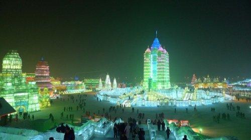 Фестиваль ледовых скульптур в Харбине