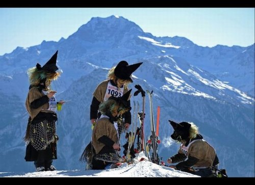 Лыжная гонка в Белальп среди ведьм