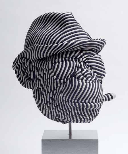 Скульптуры из нейлоновых шнуров