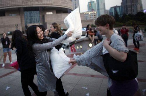 Шестой международный день боев подушками