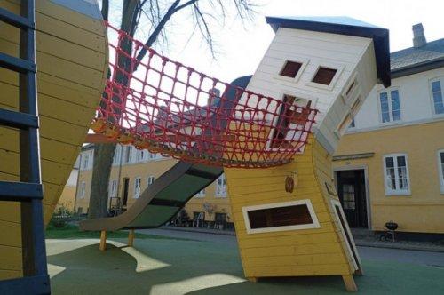 Игровая площадка Monstrum