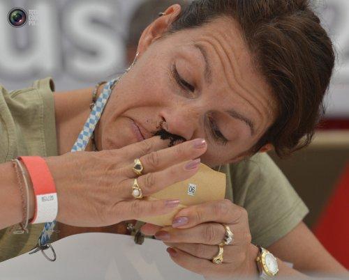 Чемпионат мира по нюханию табака в Мюнхене