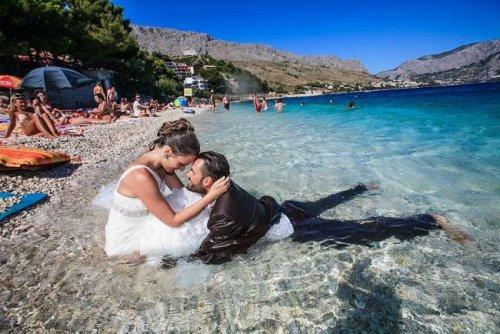 Необычный способ отпраздновать свадьбу