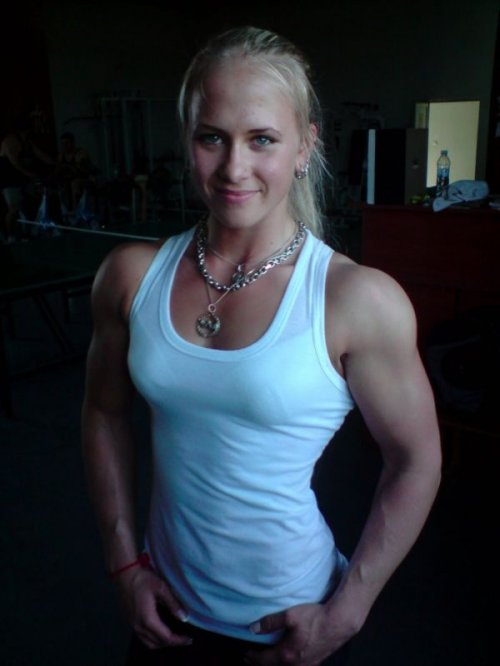 Сара Бакман - чемпионка мира по армрестлингу