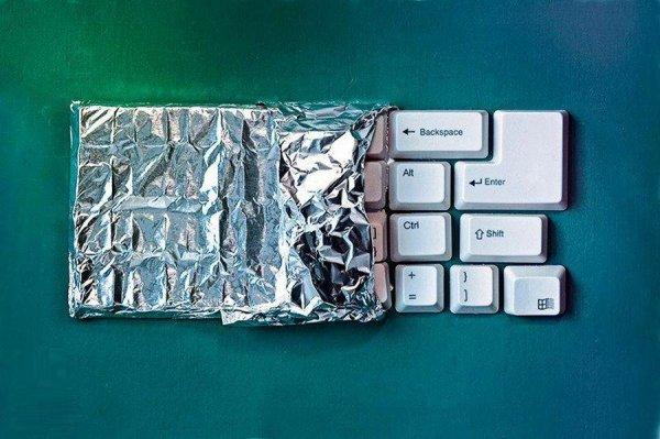 Съедобные мини-инсталляции Дэна Крету
