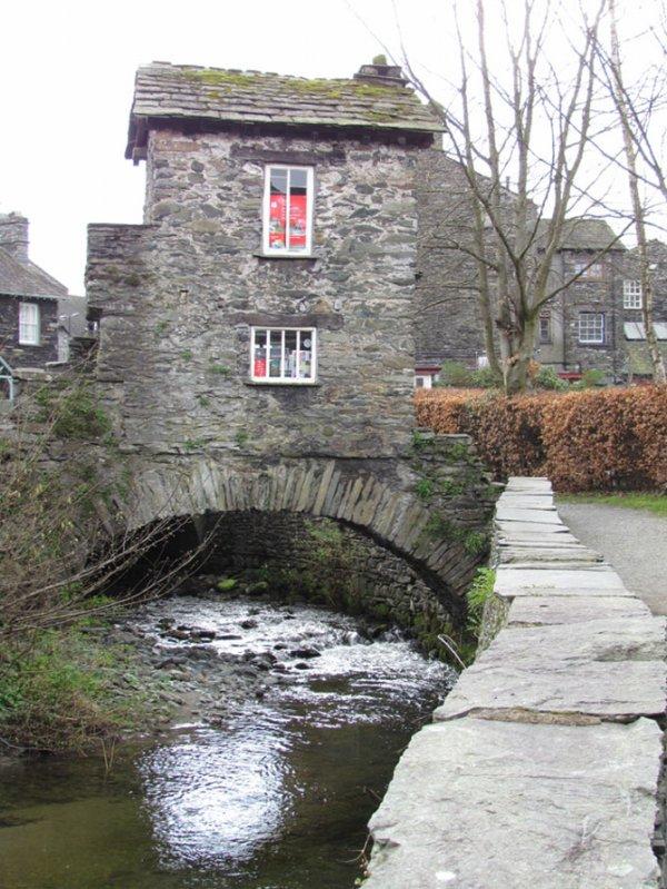 Пять удивительных мостов-домов