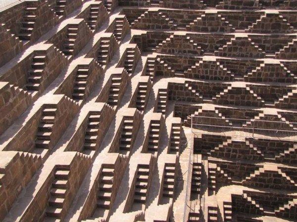 Колодец Чанд Баори в Раджастане, Индия