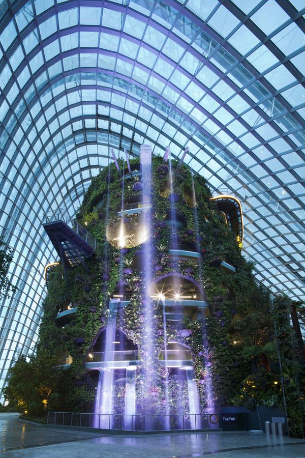 Уникальные Зимние сады, построенные в Сингапуре