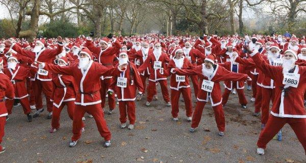 Лондонский пробег Санта-Клаусов