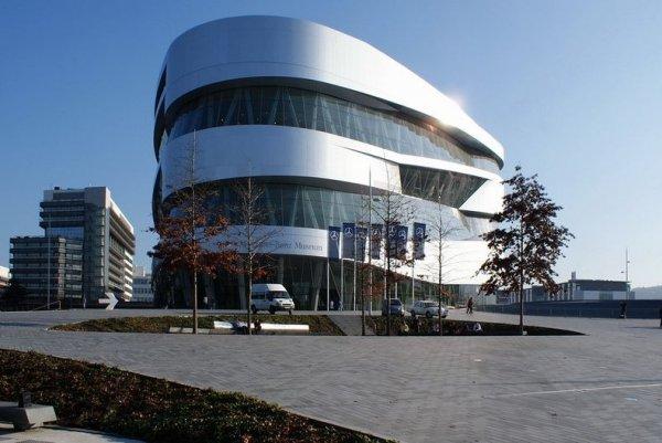 Самый мощный искусственный торнадо – в музее Mercedes-Benz