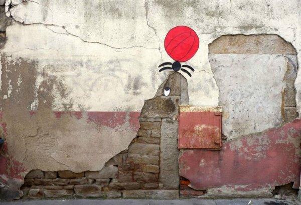 Стрит-арт работы OaKoAk, или Как уличные недостатки превратить в достоинства