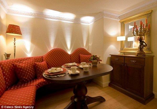 Самая маленькая гостиница в мире - Ehhäusl или «Свадебный дом»