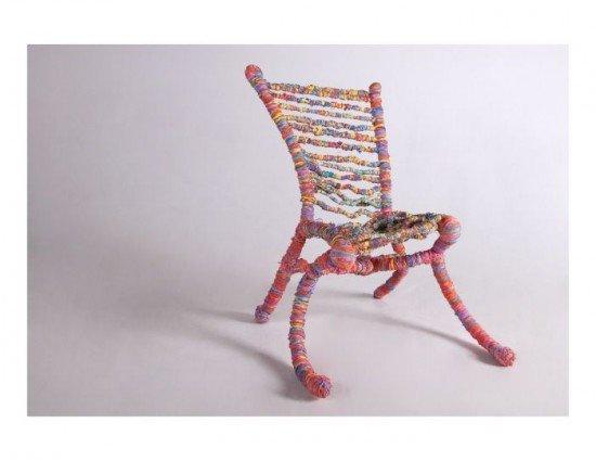 Самый упругий стул в мире, сделанный из 65000 резинок