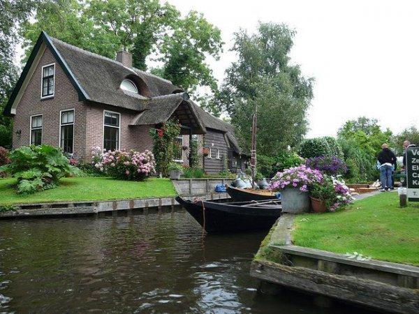 Гитхорн – загородная Венеция в Нидерландах