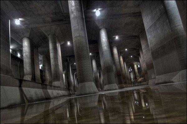 «G-Cans»: огромный токийский противопаводковый коллектор