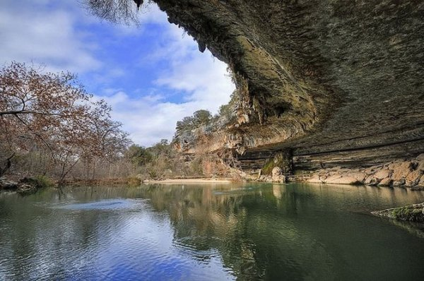 Заповедный природный бассейн Гамильтона