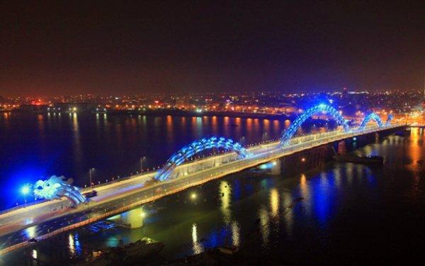 Мост Дракона в Дананге (14 фото + 1 видео)