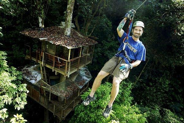 Дома на деревьях в джунглях Коста-Рики (14 фото + 1 видео)