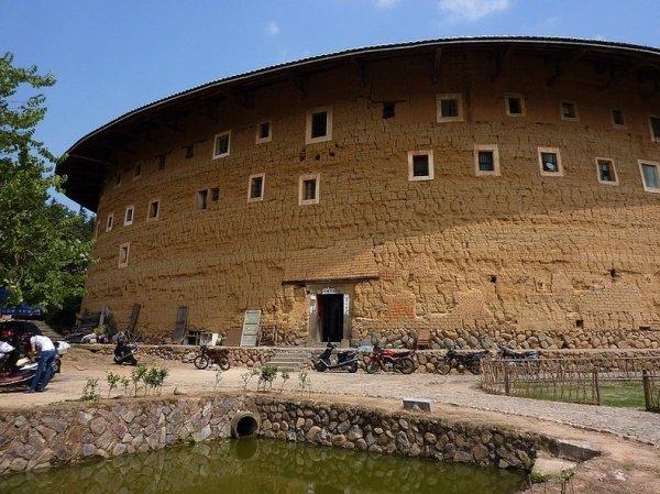 Фуцзянь Тулоу – древние земляные замки в Китае