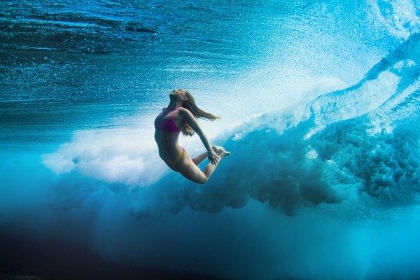 Гавайские серфингисты через объектив фотографа Сары Ли (13 фото)