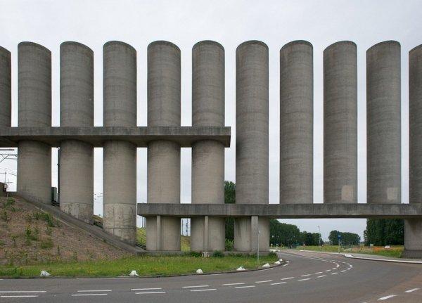 Ветровая стена Розенбурга (9 фото)