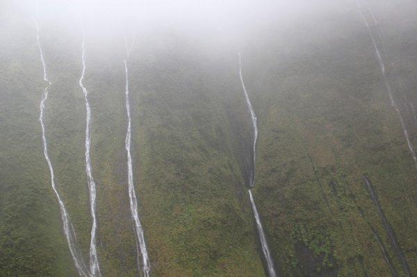 Стена Слёз на горе Ваиалеале
