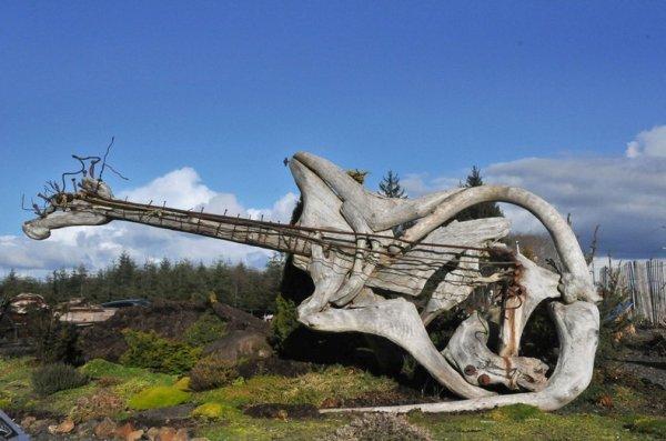 Поразительные скульптуры Джеффро Уитто из лесоматериала, прибитого к берегу