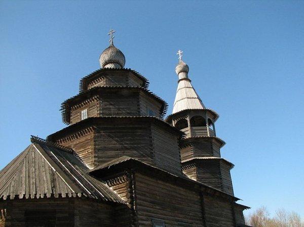 12 Великолепных деревянных церквей России