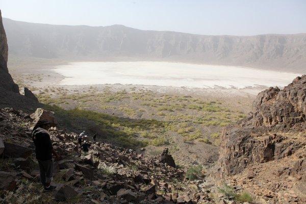 Аль-Ваба – самый большой кратер на Ближнем Востоке (16 фото)