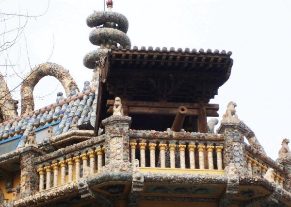 Фарфоровая роскошь старинного китайского особняка (28 фото)