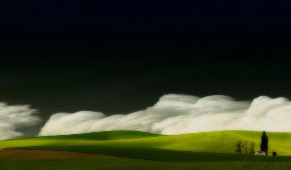 Пейзажный сюрреализм Лизы Вуд (12 фото)