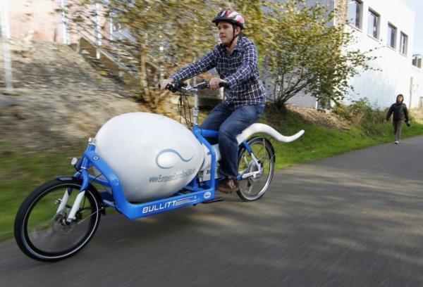 Забавные транспортные средства со всего мира (14 фото)