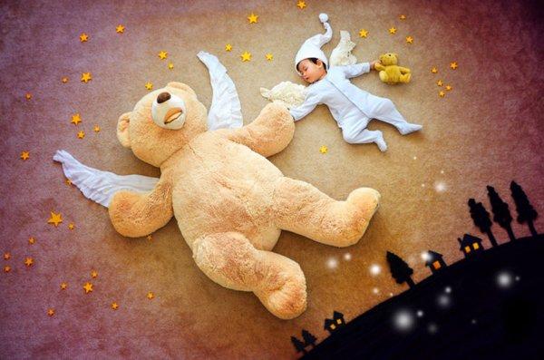 Спящий малыш в Стране чудес (26 фото)